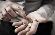 Чрез закон НОИ обира пенсионерите в България. Според тях пък било справедливо.
