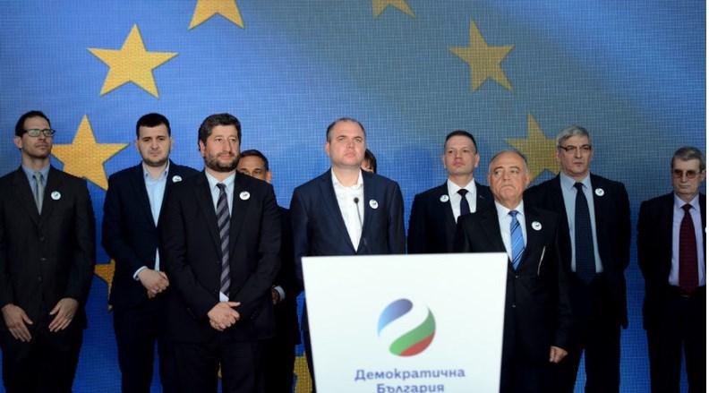 """Съпредседателят на """"Зелените"""" Владислав Панев: Правителството може да купува дупка във Варна на цена, по-висока от имотите в Манхатън"""