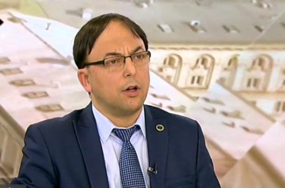Стана напечено! Прокуратурата погна ВМРО за издадените паспорти. Оказва се, че Матева казва истината
