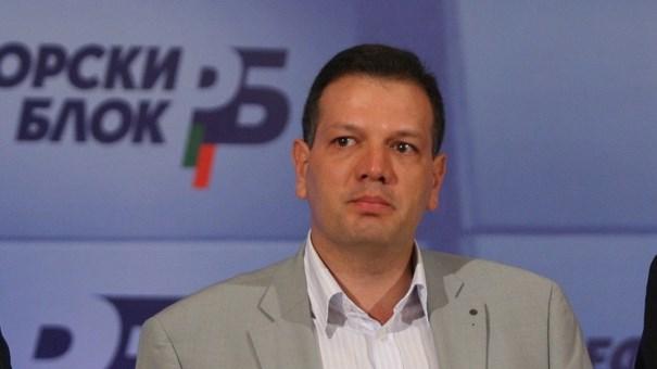 Адвокат Петър Славов: Безумни са законодателните промени, приети в Народното събрание!