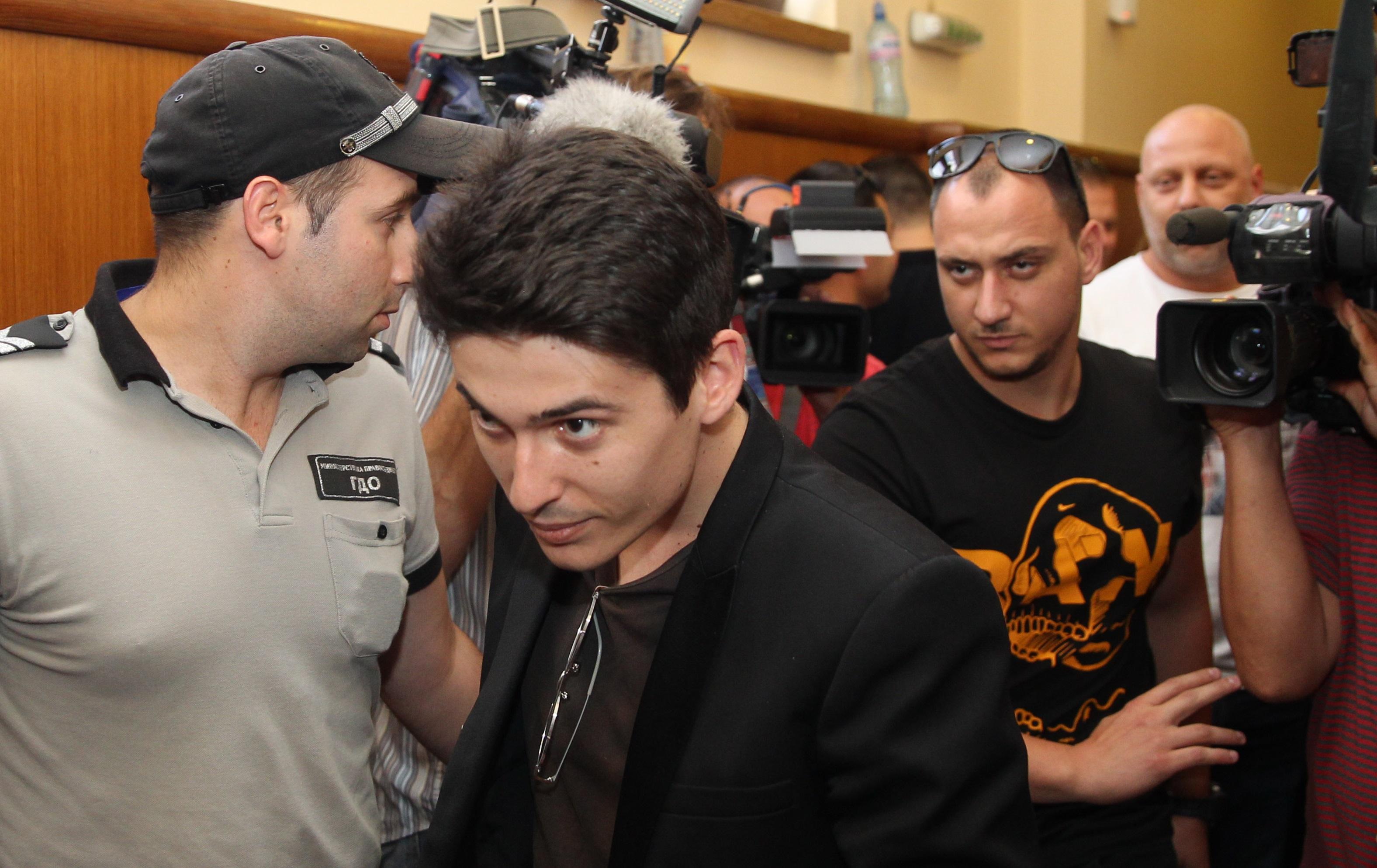 """Съдът отхвърли молбата на Вълчо Арабаджиев за промяна на мярката му за неотклонение """"Задържане под стража"""" в по-лека"""