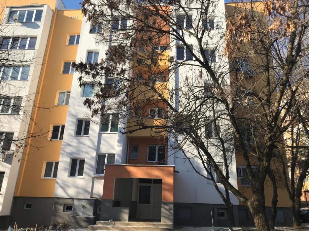 Жестоко убийство в Стара Загора! 65 – годишен мъж уби приятелката си на 25!