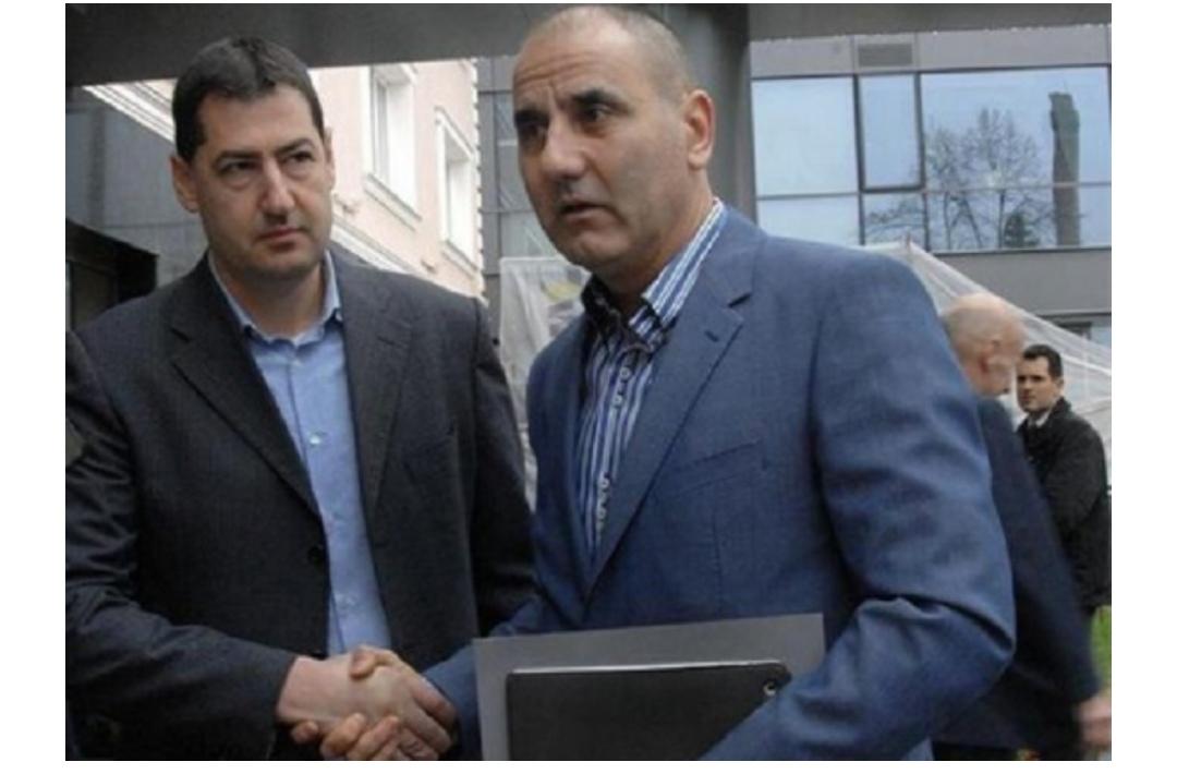 Кметът на Пловдив, Тотев, направи молитвена закуска по американски! Цветан Цветанов приветства инициативата