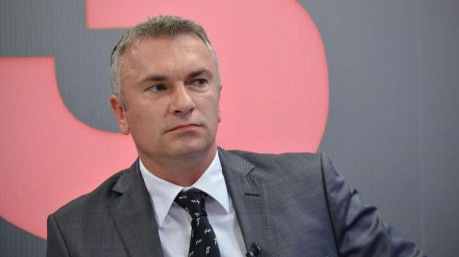 Ибрямов: Каракачанов да се запознае с Конституцията!