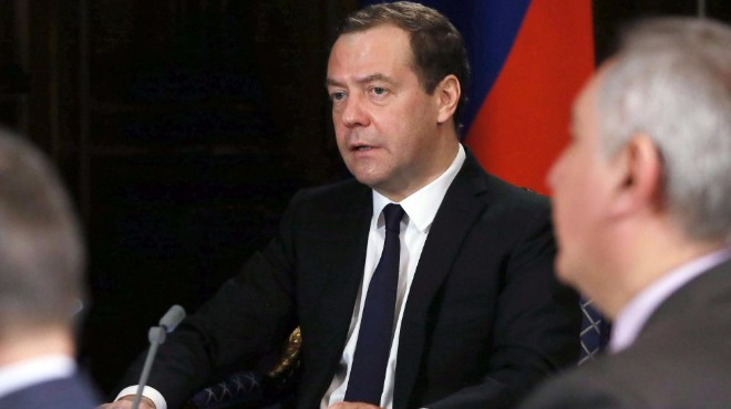 Медведев: Русия се грижи за ЕС и украинците!