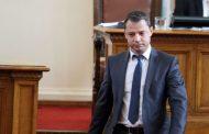 С родилни мъки най – после някой се съгласи да стане депутат на мястото на Добрев в НС.