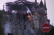 """""""Нотр Дам"""" с изключителни щети. Статуите по чудо спасени."""