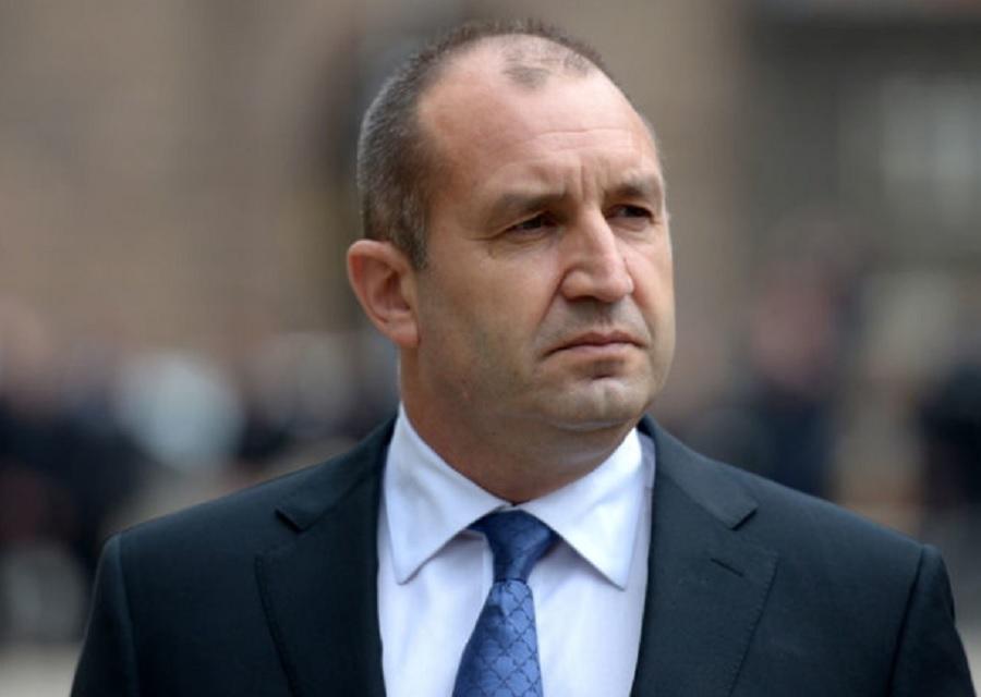 Президентът Радев изобличи Борисов: Българите ще плащаме повече и без отчет за бойните самолети, заради правителството.