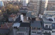 Явно с обсада ще влязат в апартамента на шефа на КПКОНПИ Пламен Георгиев