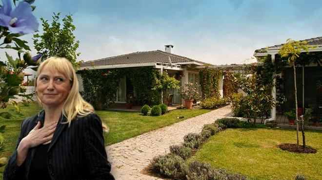 Семейството на Елена Йончева с три къщи за гости до Лозенец, построени с европари
