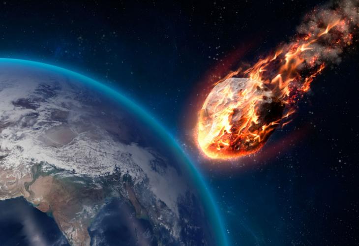 Огромен астероид ще удари Земята през октомври, алармират учени.