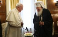 Папа Франциск към патриарх Неофит: Изпитвам в сърцето си тъга по единството сред синовете на един и същ Баща