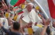 Никой не задава въпроса колко струва на държавата, т.е. на данъкоплатеца, визитата на Папата в България!