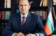 Президентът Румен Радев държавнически няма да обяви какво решение е взел по казуса Гешев преди края на балотажа