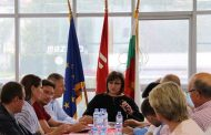 Корнелия Нинова срещу управляващите: Управляващите искат да манипулират на изборите