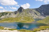 Български простак се изкъпа по бански в едно от рилските езера!