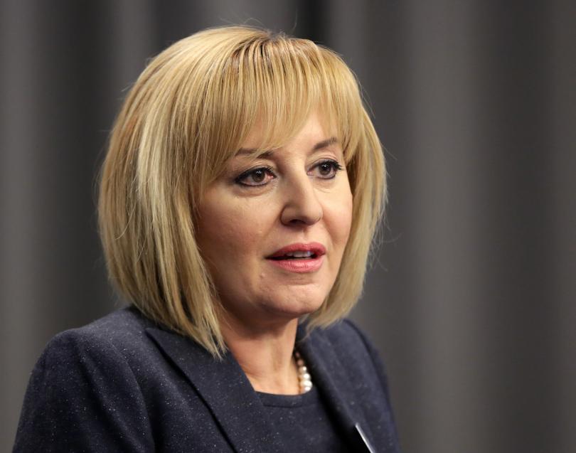 Мая Манолова: От 4 години съм безпартийна