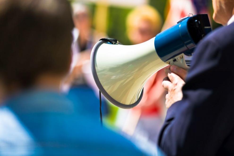 Протест в София. Хората се вдигнаха заради земите си: Обират ни!