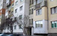 Фалшиви брокери събират хиляди от клиенти за наемане на апартаменти, които остават измамени.