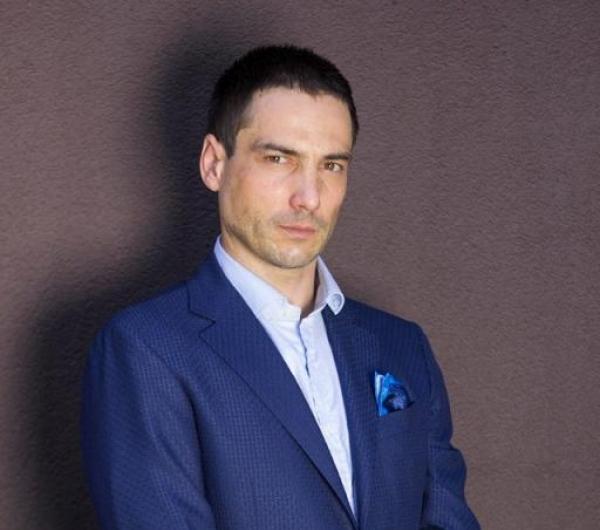 Александър Атанасов: Да надничаме под чаршафите на Джамбазки е гнусно! Наркоманията и хомосексуалността не трябва да са скрита предизборна кампания!