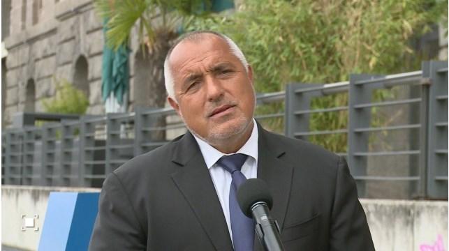 Борисов чрез националните телевизии запази статуквото в изборите. Страх го е да не се размие вота.