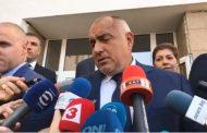 Борисов не изглеждаше доволен от изборния резултат, а бе критичен към кметове