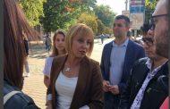 """""""Манолова размазва всички на изборите. Майче, ще се видим в кметския кабинет в общината!"""""""