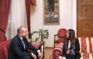 След като Борисов олигави американския посланик Хиро Мустафа, тя отиде на работна среща при Радев.