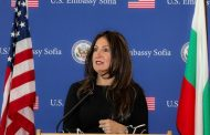 Американският посланик Херо Мустафа е по – силна от Борисов и Радев взети заедно.