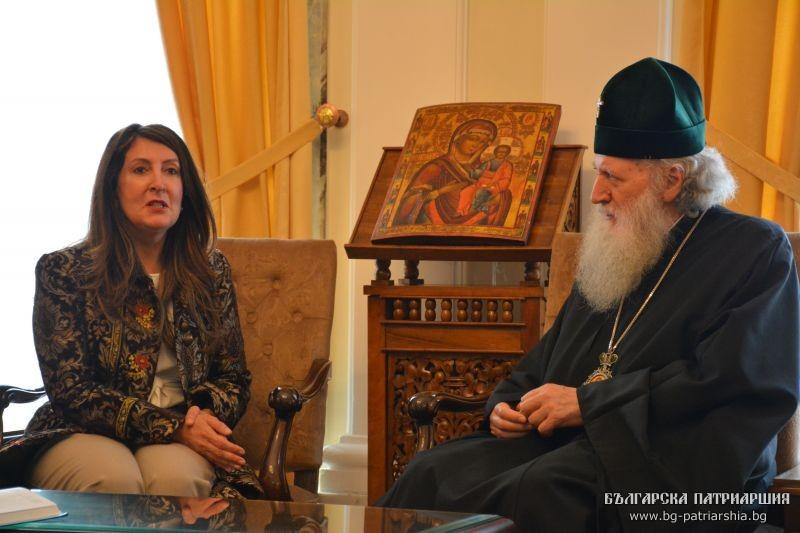 Посланикът на САЩ Херо Мустафа при Патриарх Неофит