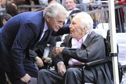 Актьорът Кърк Дъглас навършва 103 години!