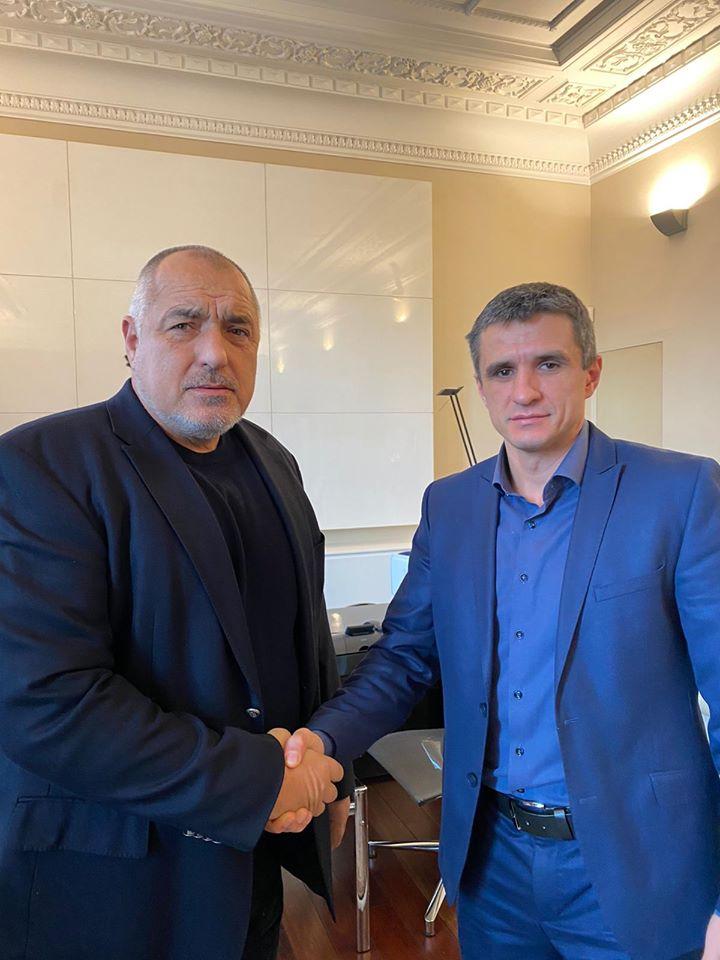 Борисов при кмета на Ботевград. Нарежда проверка на ВЕЦ-а на Валентин Златев!