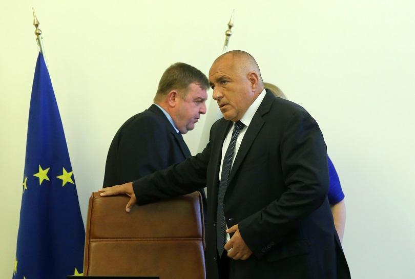 """Каракачанов за ареста на Нено Димов пред журналисти: """"Това е показно убийство!"""""""