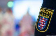 Полицай в Германия е възможно да изгуби работата си заради Хитлер на мотоциклет!