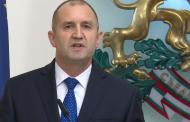Призовават президента Радев с военно положение да спаси страната от управляващата ни мафия.