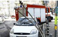 По случайност няма пострадали при падане на стълб в София.