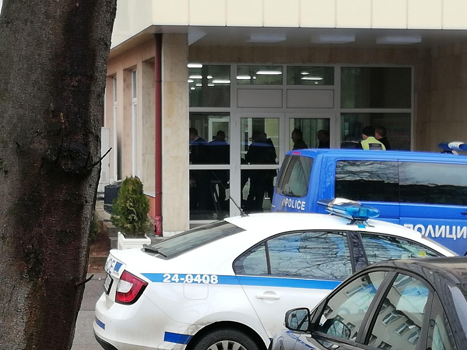 Самоубийство в сградата на ДАНС