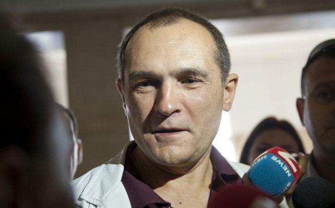 Властта безкрайно подценява хазартния бос Васил Божков.
