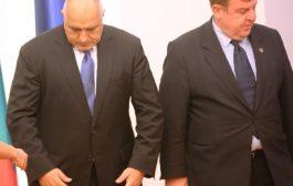 Каракачанов заплаши Борисов: Като опъваш ластика, той ще се скъса!