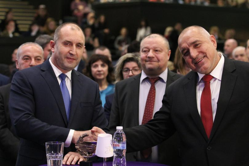 """Радев се подигра на правителството на Борисов! """"В София има втори щам на коронавируса!"""""""
