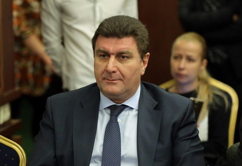 Валентин Златев застава твърдо зад Нинова. Борисов залага на коалиция с БСП след изборите, но с друг лидер.