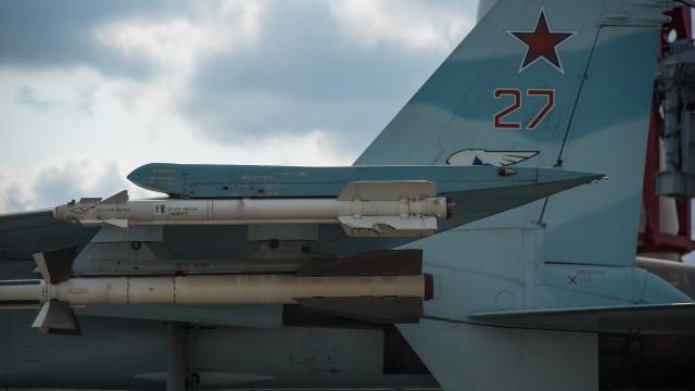 Руски военен самолет Су 27 се разби в Черно море. Издирва се пилота.