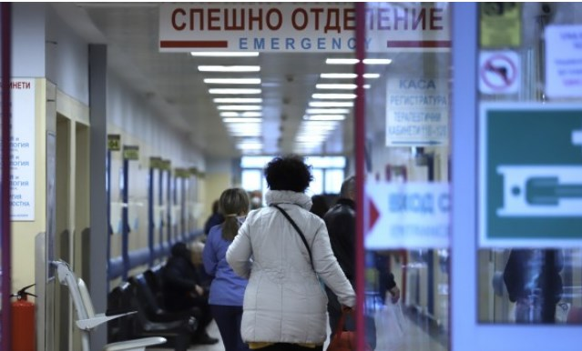 """Началникът на клиниката по детска хирургия в """"Пирогов"""" отправи призив за помощ в социалните мрежи"""