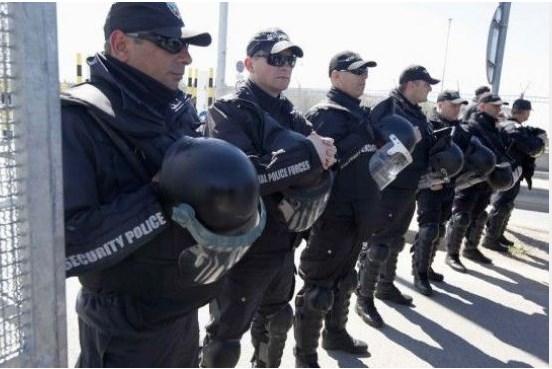Полиция ще пази хранителните вериги и аптеките
