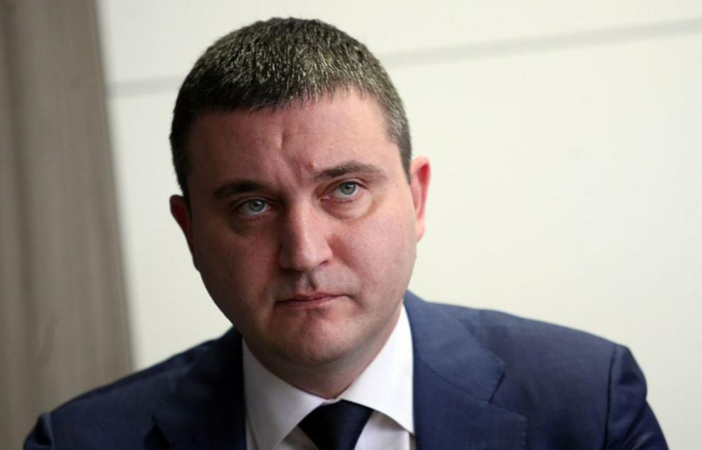 """Заваляха жалби срещу изказването на Владислав Горанов, който принизи всички самоосигуряващи се в """"маргинали"""""""