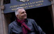 Хаджигенов отново напира да има правителство. Това било отговорно.