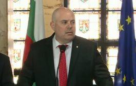 Николай Марков: Основната роля на българската прокуратура е правим се, че работим, а всъщност администрираме и охраняваме мафиотските дела! Хляб и зрелища.