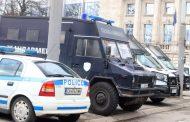Екшън в Шекер махала. Роми пребиха полицай!