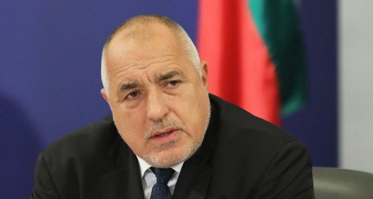 Тежко се подиграха с премиера Борисов.