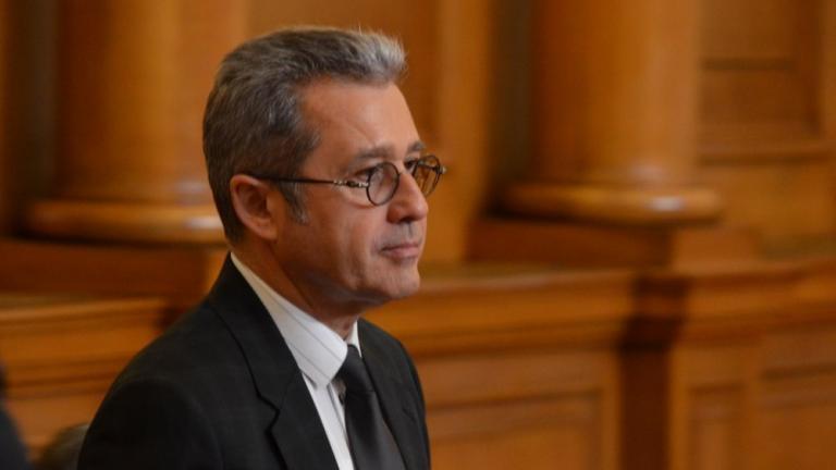 Парламентът създаде временна COVID-комисия с председател Йордан Цонев от ДПС